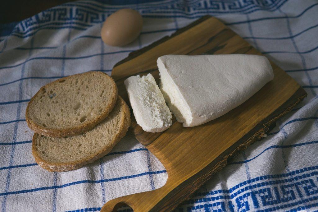 Самые полезные виды сыра, которые можно есть даже во время диеты