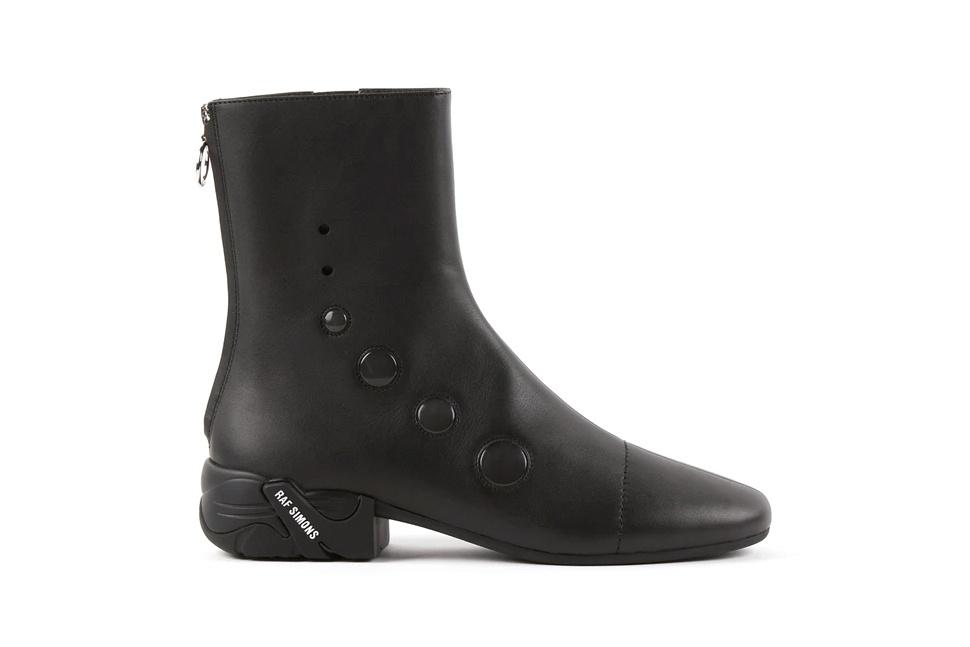 Будущее рядом: Раф Симонс запустил новую коллекцию обуви