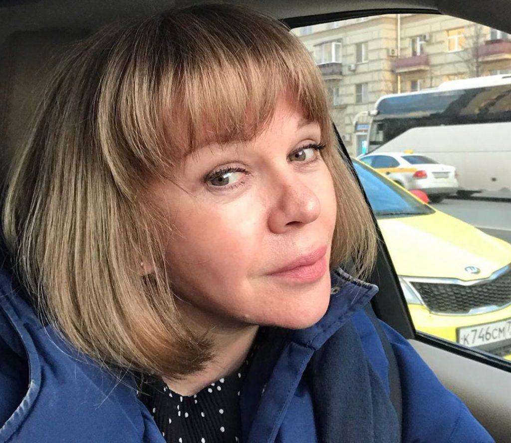 Елена Валюшкина перекрасилась в блондинку