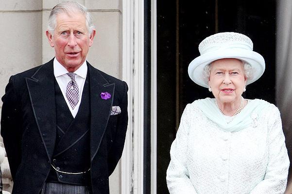 Появились новые фотографии королевы Елизаветы II и ее сына — принца Чарльза
