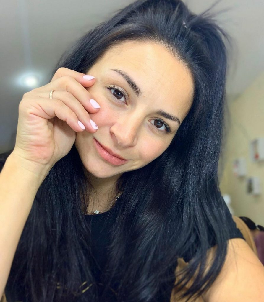 Илона Гвоздева удивила подписчиков дерзким танцем
