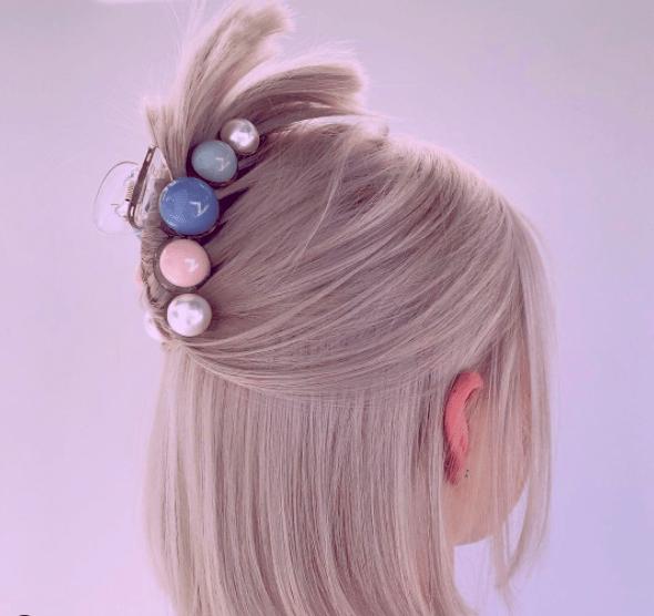 Краб для волос – новый hair-тренд этого сезона