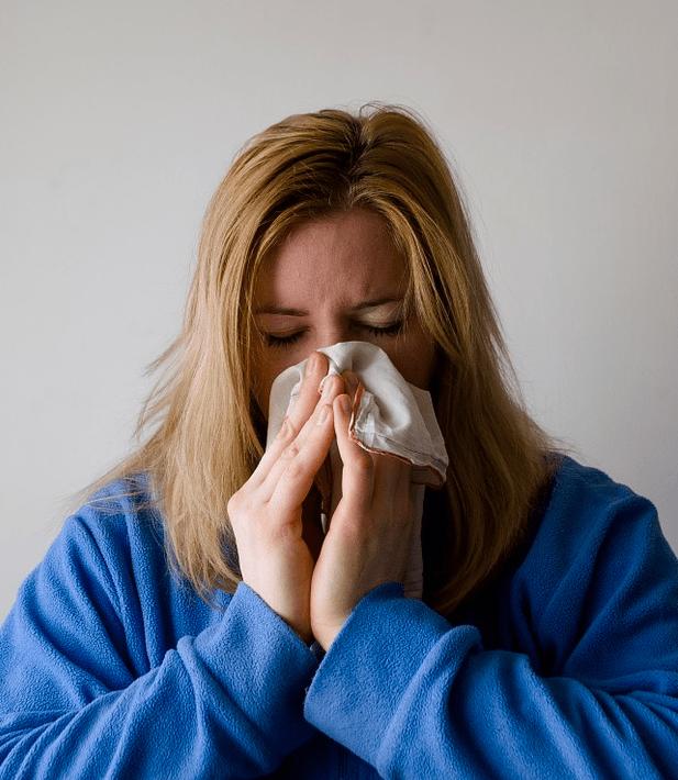 3 заболевания, которые характерны для офисных сотрудников и как их избежать