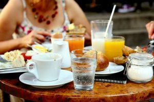 Диетологи назвали всего один напиток, который поможет вам контролировать вес
