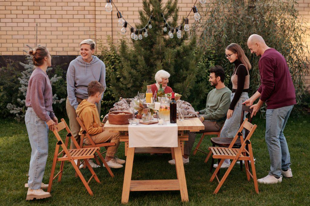4 вопроса, которые каждый родитель должен задать ребенку за ужином