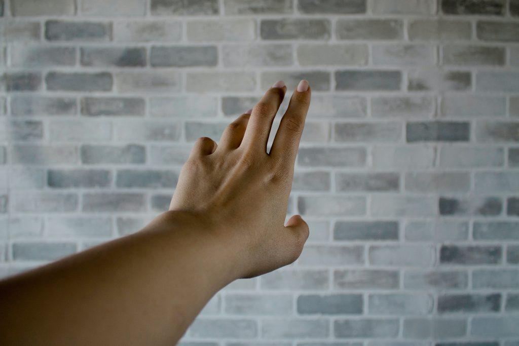 Странный признак диабета на ногтях, который не все замечают