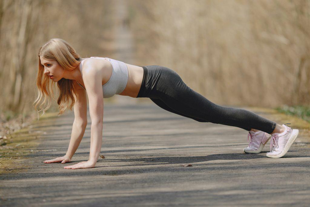 Плохо ли, если дрожит тело во время планки, и как исправить ситуацию?