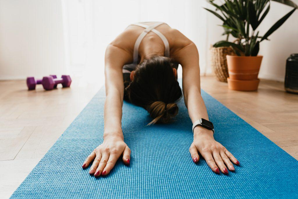 Почему мышцы покалывают при растяжке и что делать в таком случае?