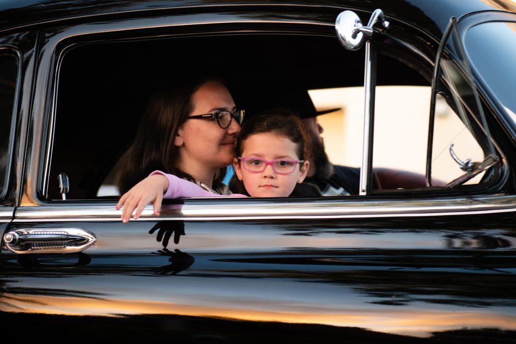 Действенные методики, как успокоить ребенка в путешествии на машине