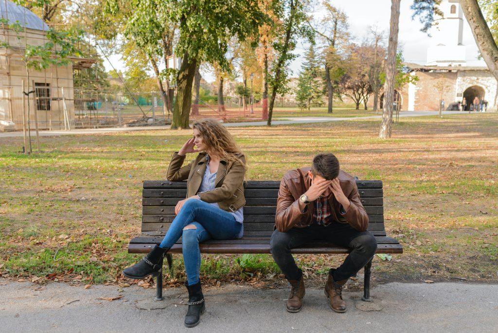 3 самые распространённые ошибки, которые вы совершаете в общении с партнером