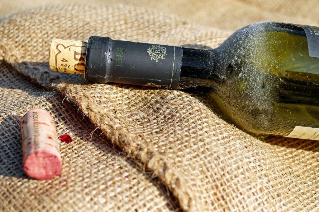 Как использовать вино в рецептах, не открывая бутылку: секрет шеф-повара