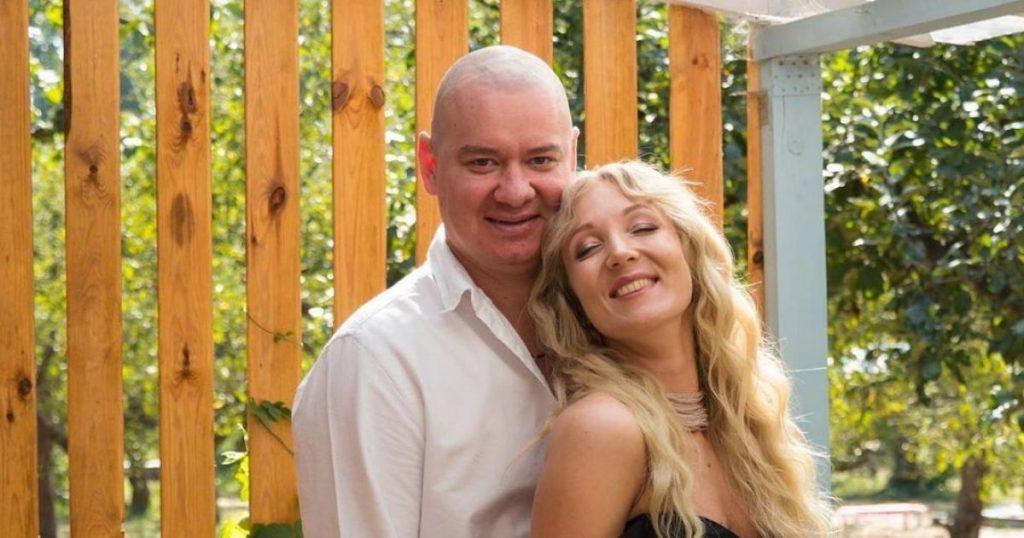 В Сети появилось редкое фото Евгения Кошевого с женой