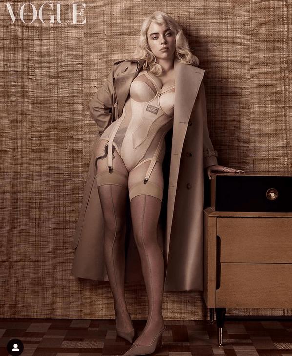 Откровенные фото Билли Айлиш в корсетах и нижнем белье установили рекорд Instagram