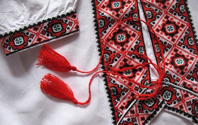 День вышиванки: украинские знаменитости продемонстрировали традиционные украинские наряды
