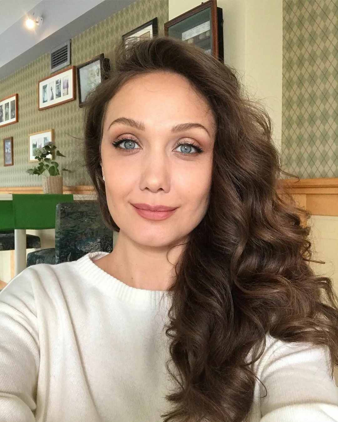Евгения Власова рассказала вернется ли в шоу-бизнес