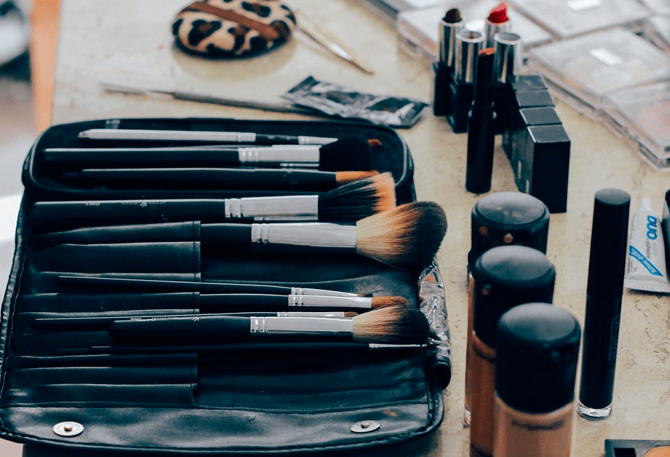 3 ошибки в макияже, которые мешают вашей карьере