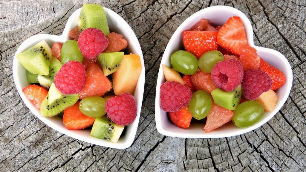 Секретный ингредиент для фруктового салата, который не даст ему потемнеть