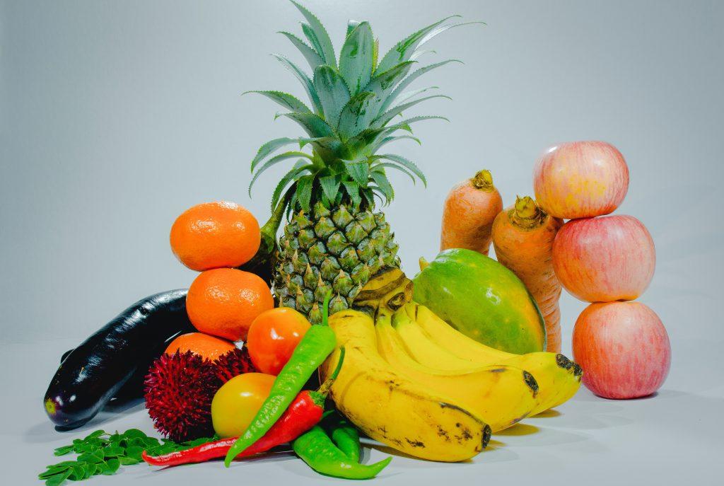 Фрукты или овощи: что полезнее добавить в рацион для здоровья?