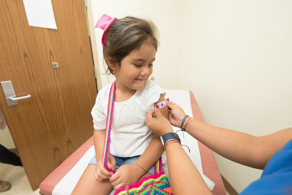 Побочный эффект от вакцины против COVID, который имеют 90,5% детей