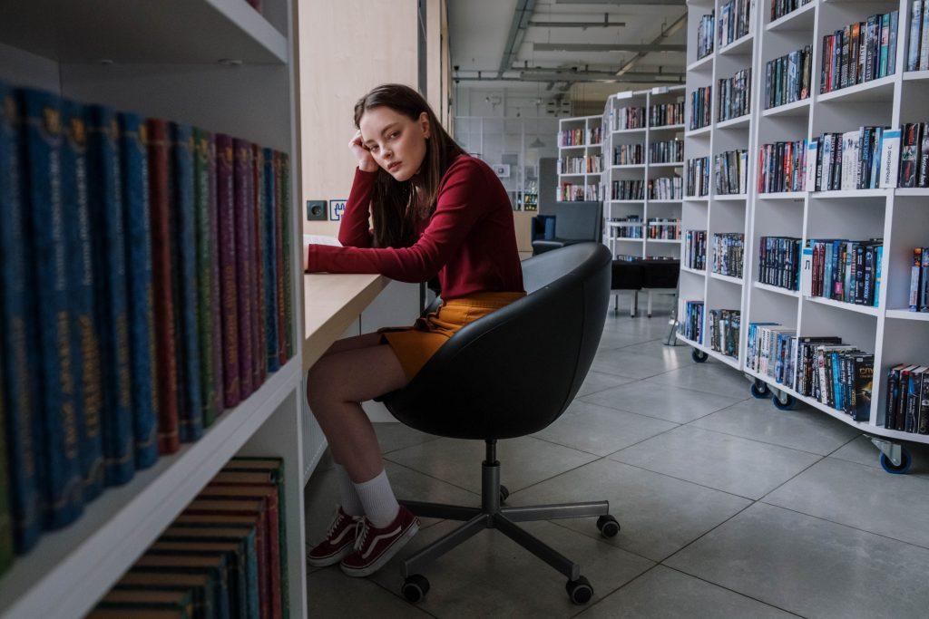 Почему психологи не советуют спрашивать подростков, как прошёл их день