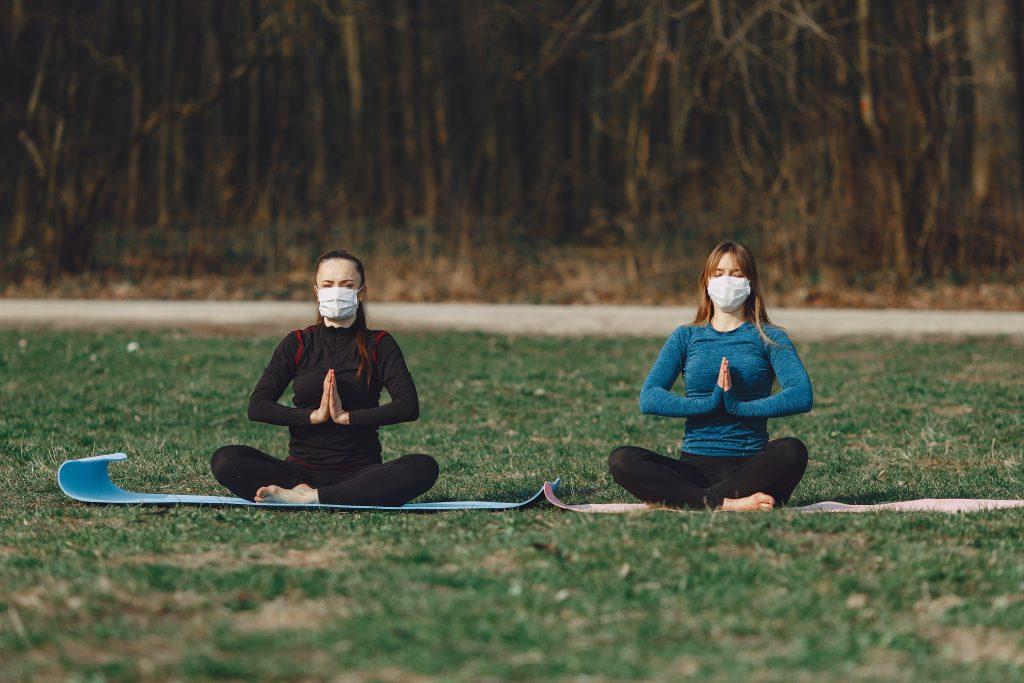 Полезны ли дыхательные упражнения при COVID: ответ доктора Комаровского