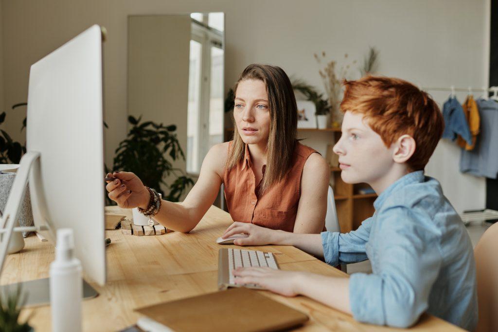 5 вещей, которые родителям стоит перестать делать для своих детей