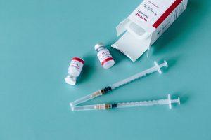 Почему в Германии и Франции советуют получить две разные вакцины от COVID-19?