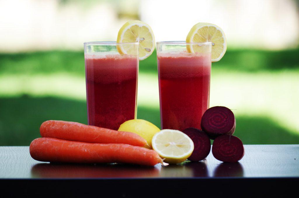 Рецепт сока из свеклы и моркови, который поможет повысить иммунитет