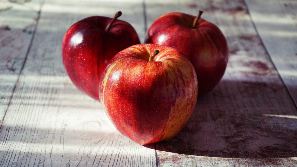 Что из продуктов добавить в рацион, чтобы снизить высокое кровяное давление