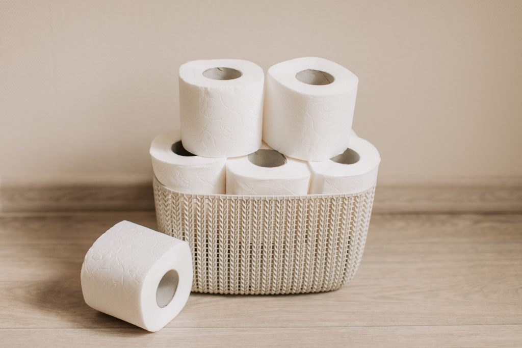 Хирург рассказал, какой тип туалетной бумаги лучше для кожи
