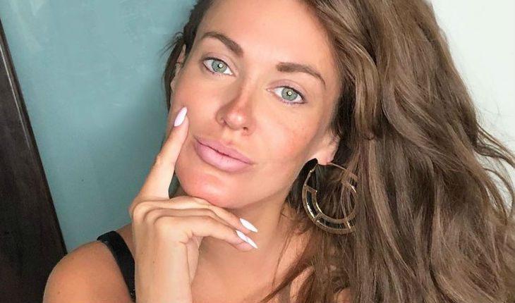 Пикантная шалость звезды: Таня Терешина полностью разделась для нового фото