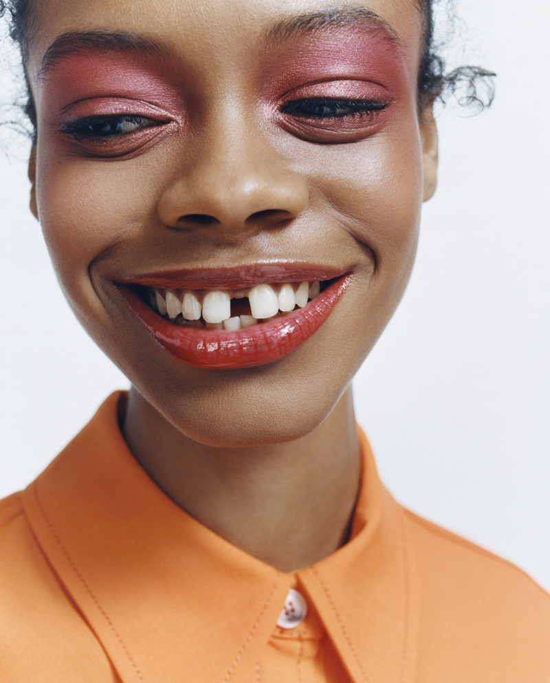 Дождались: Zara показали свою коллекцию декоративной косметики