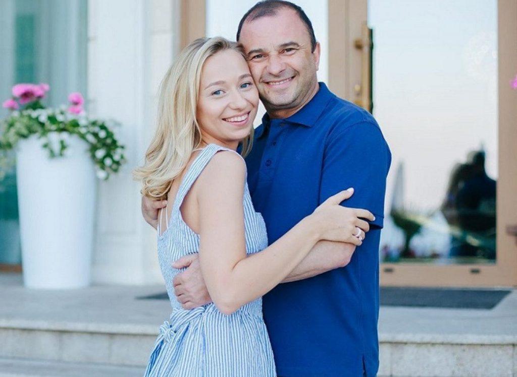Молодая супруга Виктора Павлика огорчила поклонников неутешительной новостью