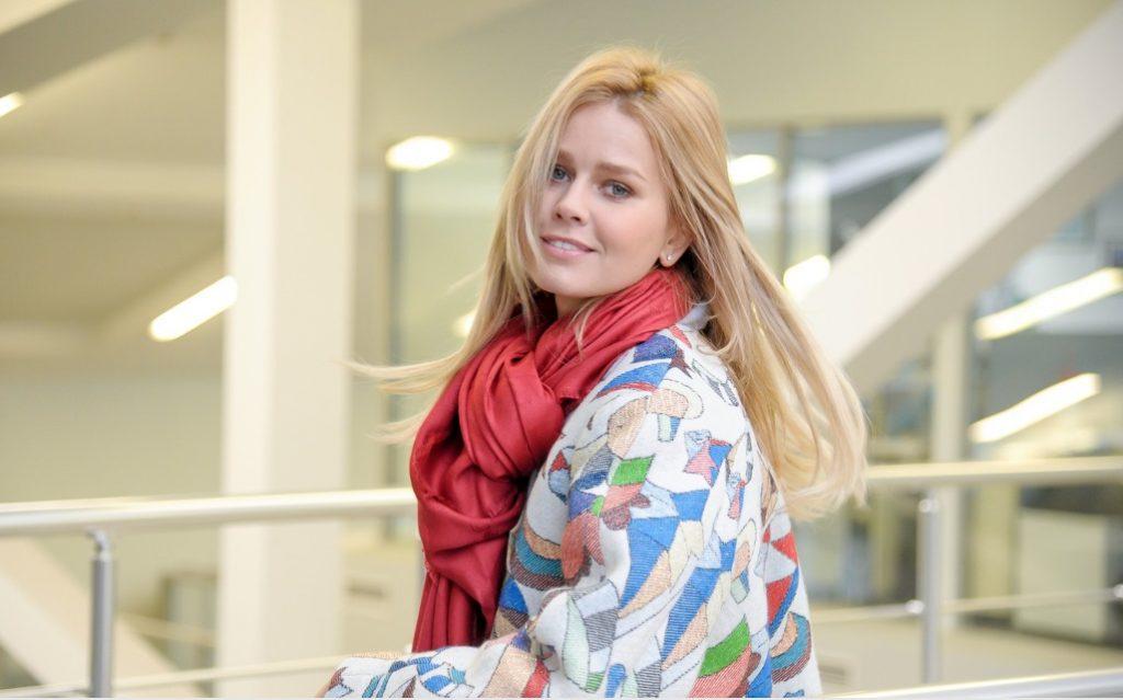 Блондинкам на заметку: Екатерина Кузнецова рассказала о своем уходе за волосами