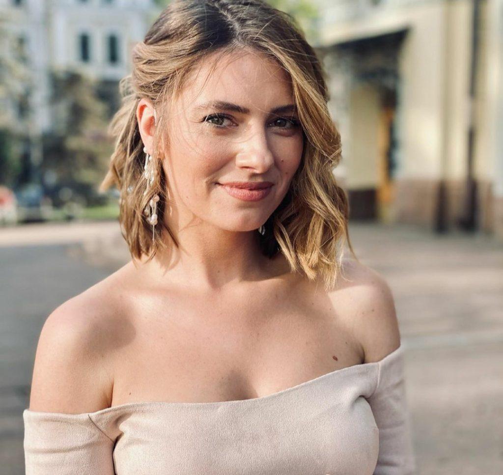 Дебют! Дарья Петрожицкая впервые вышла в свет со своим возлюбленным