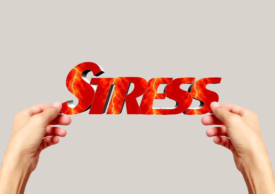 3 ловушки, которые провоцируют стресс на работе