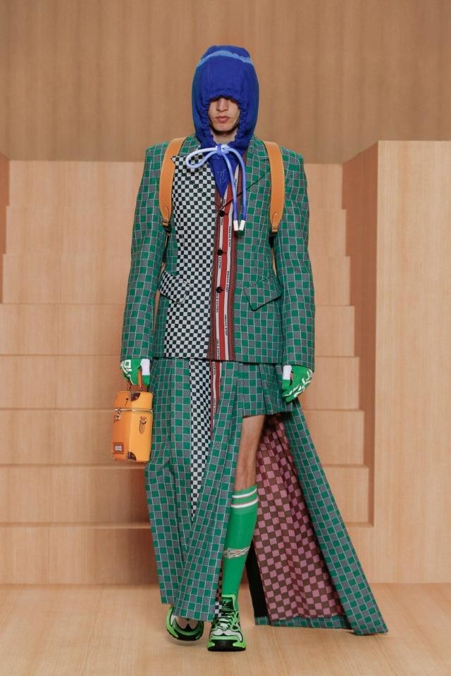 Современная антиутопия: Louis Vuitton показали новую коллекцию