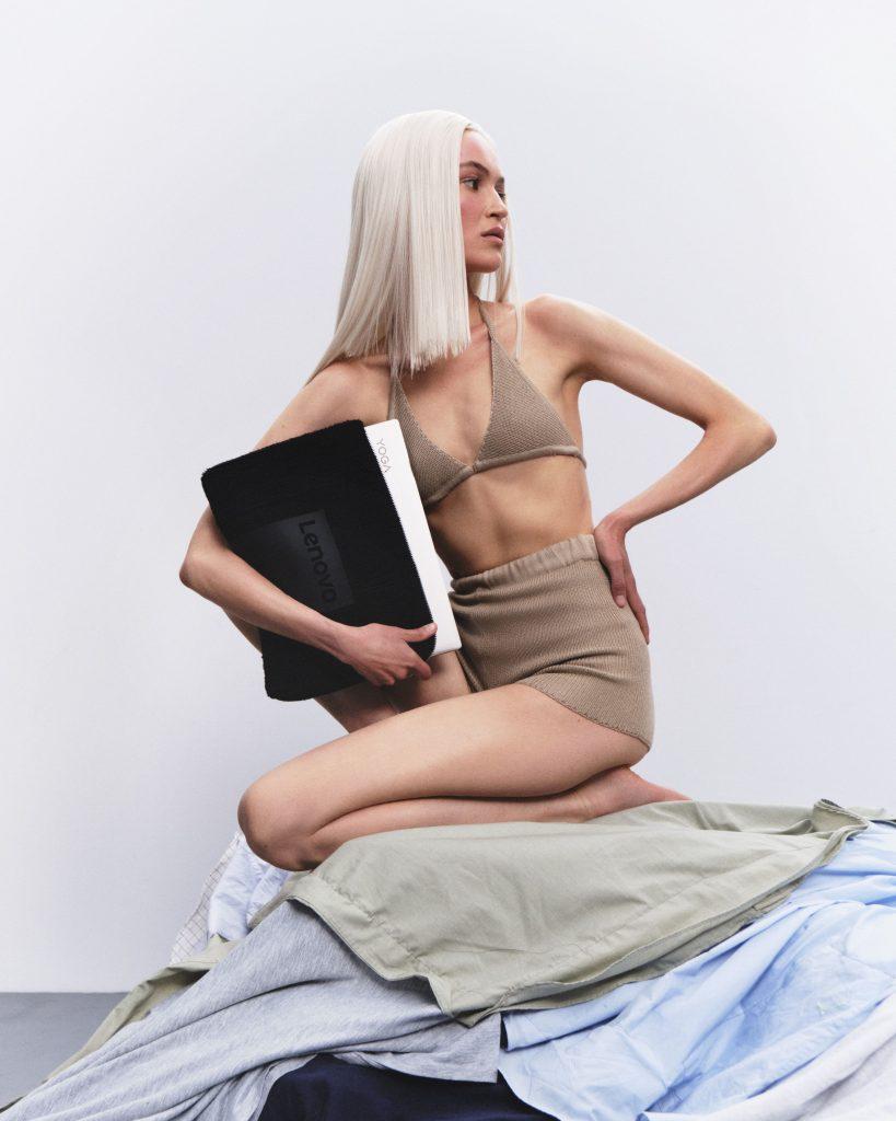 Litkovskaya создают чехлы для ноутбуков из старой одежды