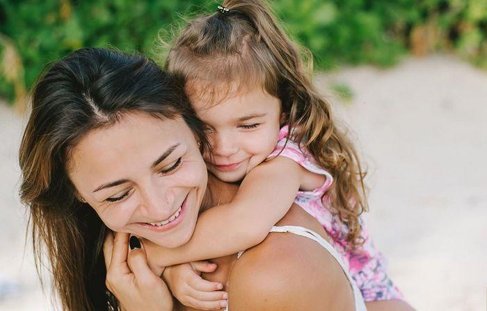 Илона Гвоздева вместе с дочерью Рией приняла участие в модном показе