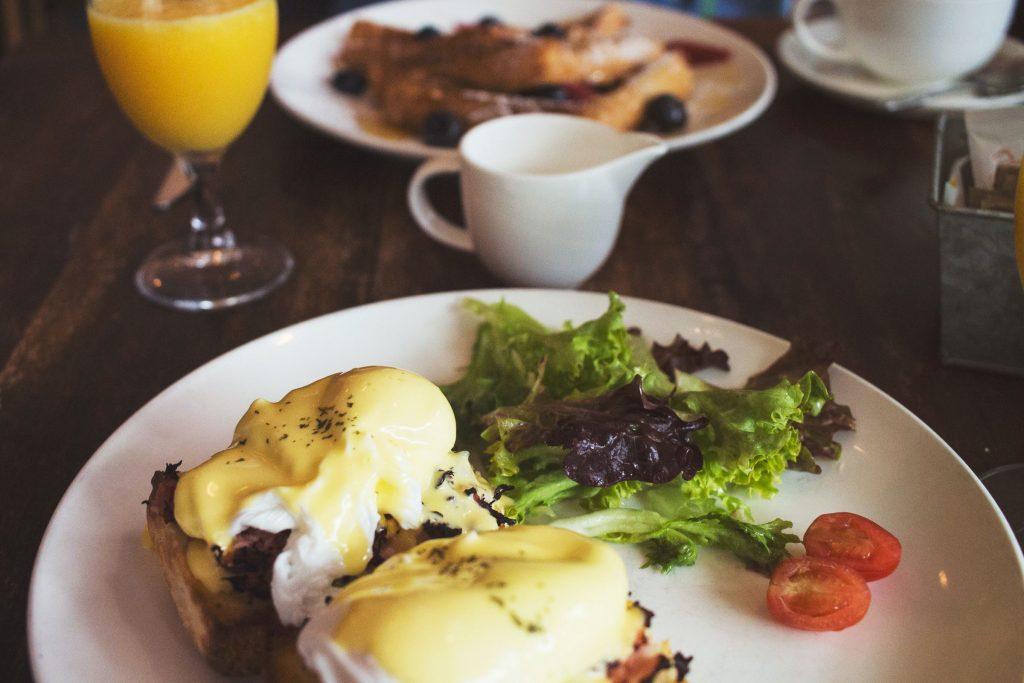 Еда, которую кардиолог ест на завтрак, обед и ужин, чтобы быть здоровым