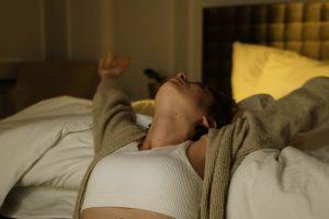 Секрет крепкого сна и ночи без пота, который удивит простотой