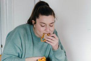 Внезапная тяга к солёной еде может указывать на серьёзную болезнь