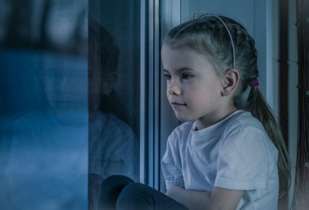 Что говорить вместо «Иди в свою комнату» – фразы, которая вредит ребенку