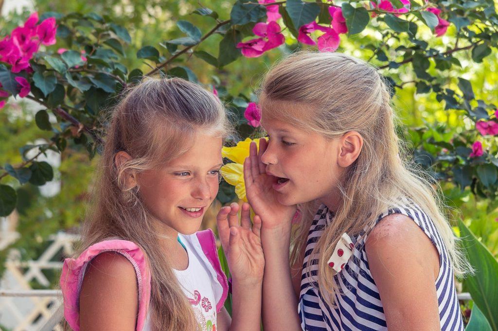 4 признака того, что у вашего ребенка токсичная дружба