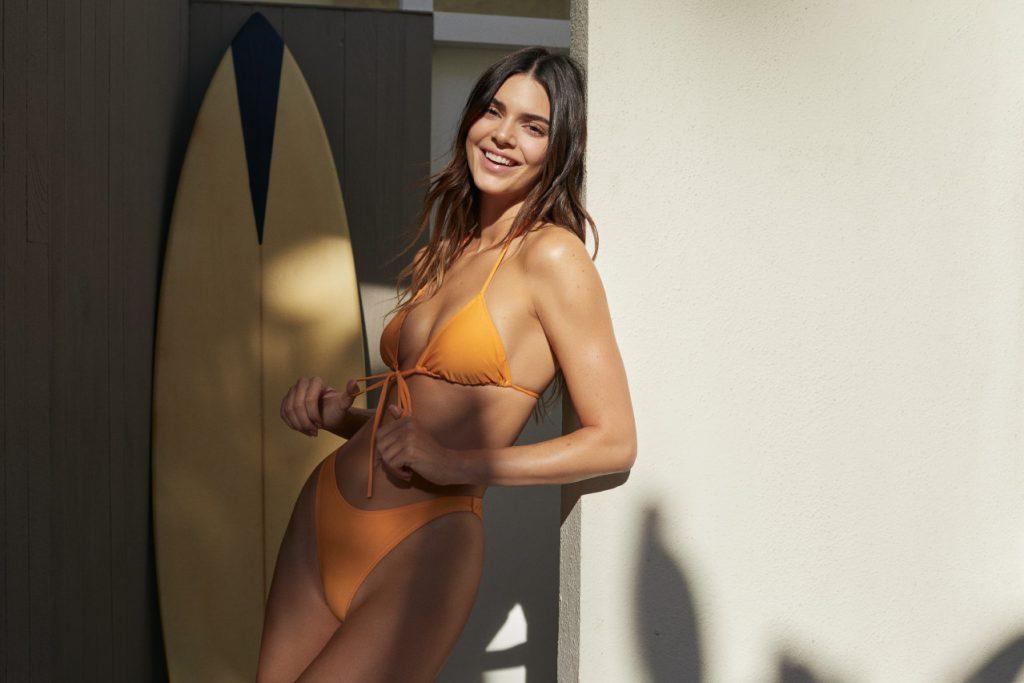 Кендалл Дженнер рассказала, что создала собственную коллекцию одежды на лето