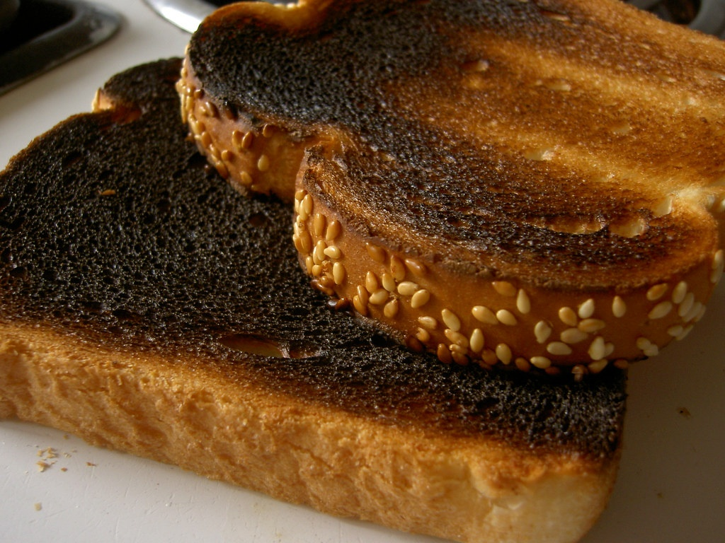 Что произойдёт со здоровьем, если съесть подгоревшую еду?