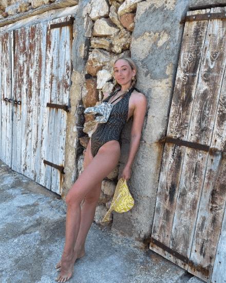 3 самых сексуальных модели закрытых купальников на лето 2021