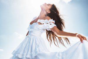 Мэдисон Бир стала лицом нового аромата от Victoria's Secret