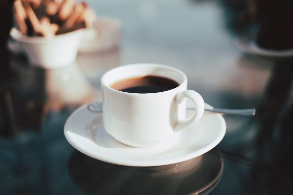 Количество чашек кофе в день, которое повышает риск развития слабоумия на 53%