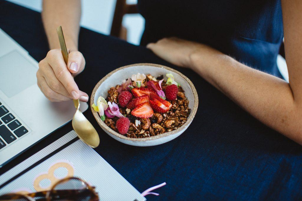 Доктора раскрыли секрет завтрака, который сохранит здоровье мозга на годы